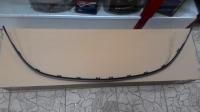 Молдинг центральной решетки радиатора Опель Астра J (2013-2016) черный