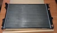 Радиатор охлаждения Опель Омега (1994-2003) 2.0-2.2, бензин, с кондиционером и АКПП
