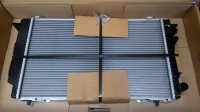 Радиатор охлаждения VAG AUDI 80 1.9TDI-2.0   МКПП,  +AC  (596х359х32)